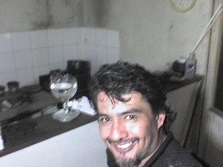 Fotolog de tomy525252: BUSCO MUJER O CHICA DE 25 A 35 AÑOS DE ZONA SUR PARA RELACION FORMAL O INFOR,SOY CLAUDIO ZONA SUR